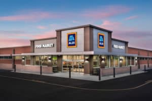 10 Cheapest Grocery Stores in the U.S.