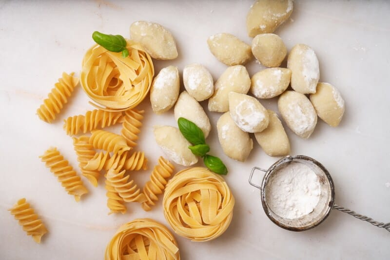 Here's a quick guide on buying fresh pasta from a grocer